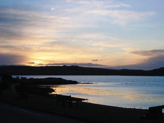 สแตนลีย์, หมู่เกาะฟอล์กแลนด์: Sunset over Stanley.