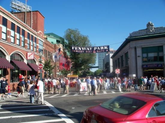 Fenway Park: Yawkey Way on Match Day