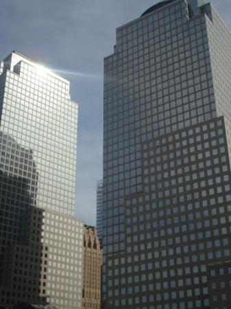 อนุสรณ์ 9/11: vid ground zero