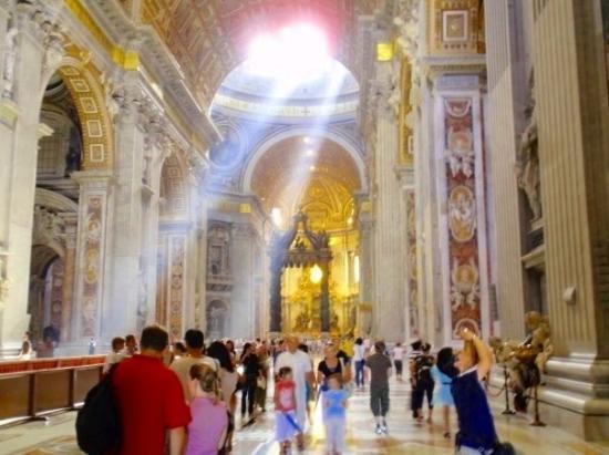 นครวาติกัน, อิตาลี: St. Peter's Basilica Vatican City