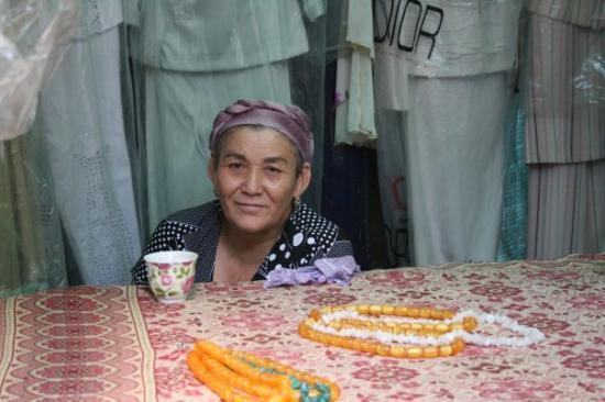 Turkestan, คาซัคสถาน: Selling