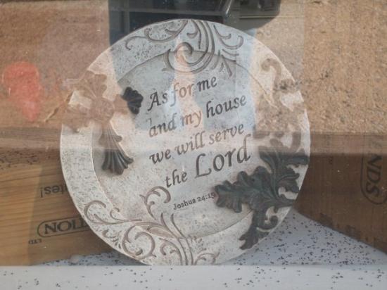 คอลลินสวิลล์, อิลลินอยส์: I saw this in a shop window and liked it.