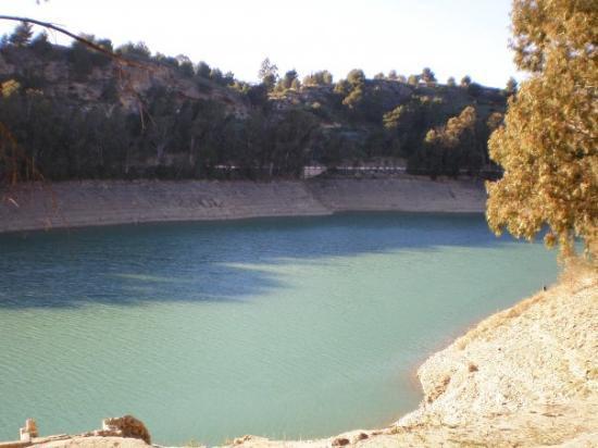 แอนติเครา, สเปน: The lake x