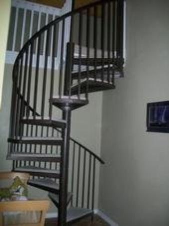 กัลฟ์ชอร์ส, อลาบาม่า: Da Stairs AT Da COndo!!
