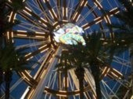 กัลฟ์ชอร์ส, อลาบาม่า: The Ferris Wheel AT Da Wharf