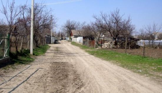 คีชีเนา, มอลโดวา: First voting began in Europe's poorest nation. This a village on the border with the Transdniest