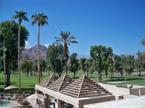 Indian Wells Resort Hotel: View from room's balcony