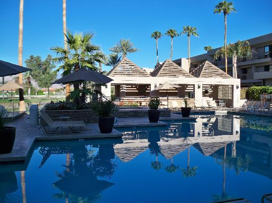 Indian Wells Resort Hotel: Pool