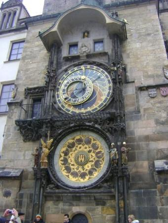 Old Town Hall with Astronomical Clock: la torre astronomica :)