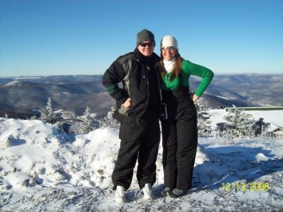 เอลกินส์, เวสต์เวอร์จิเนีย: Takin a pose before we hit the slopes