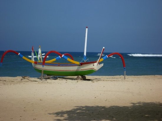 Sanur, Indonésia: We called these spider boats