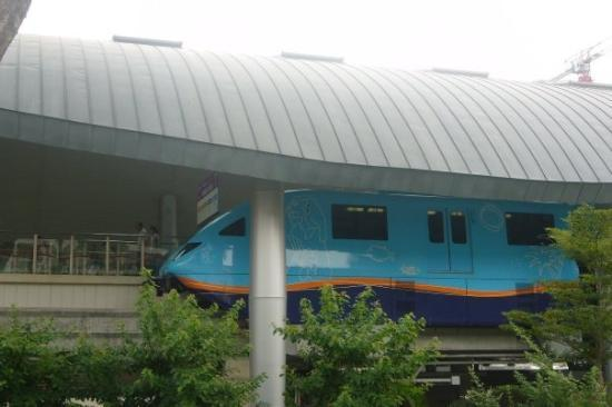 เกาะเซนโตซา, สิงคโปร์: ...sentosa express !!..好得意...又係得一卡車ga jar !!..