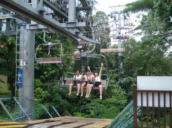 เกาะเซนโตซา, สิงคโปร์: ...woho...完成挑戰..>3<..好想玩多次..呵呵...