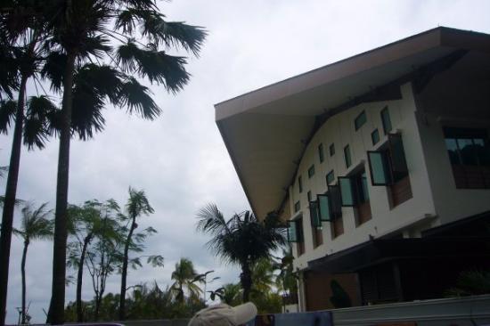 เกาะเซนโตซา, สิงคโปร์: ...有d 海南島ge feel..=v+/..