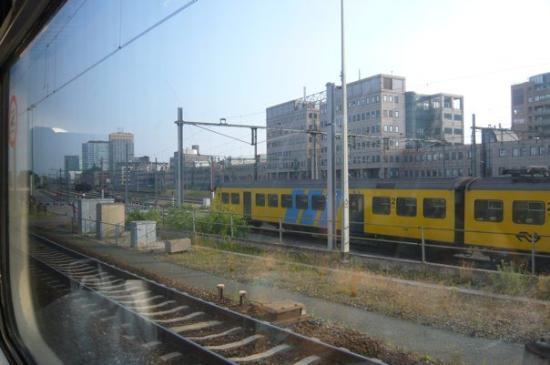 เบรดา, เนเธอร์แลนด์: on the way to Breda