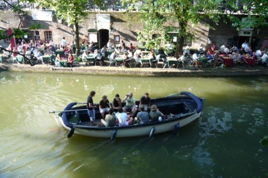 อูเทรคต์, เนเธอร์แลนด์: it's usual to have dinner on your boat