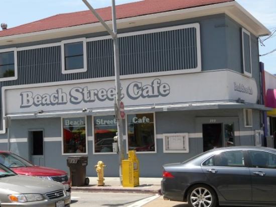 ซานตาครูซ, แคลิฟอร์เนีย: this place had some of the best ardachokes omlettes in town