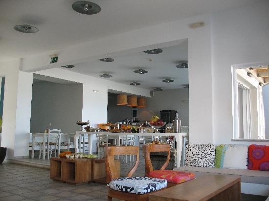 Ammos Hotel: Reception & Breakfast area
