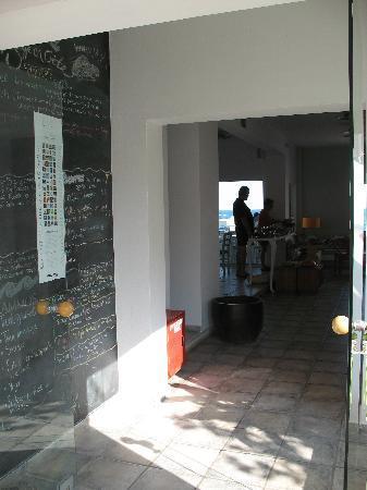 Ammos Hotel: Entrance