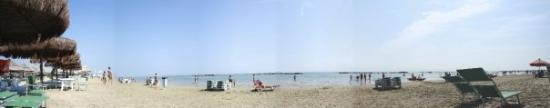 เปสการา, อิตาลี: 180° view of the beach