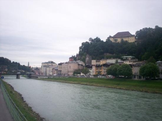 ซาลซ์บูร์ก, ออสเตรีย: Salzach River, Salzburg