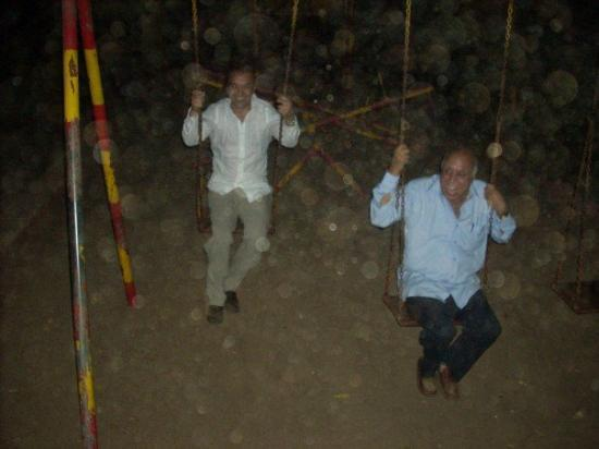 มุมไบ (บอมเบย์), อินเดีย: Never too young to swing. Look at how much fun my 60 year old uncle is having.