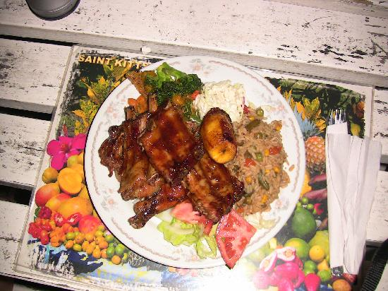 Cathy's Ocean View Bar and Grill: Ribs and Chicken