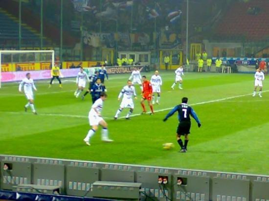 Stadio Giuseppe Meazza (San Siro): Luis Figo about to whip a cross in