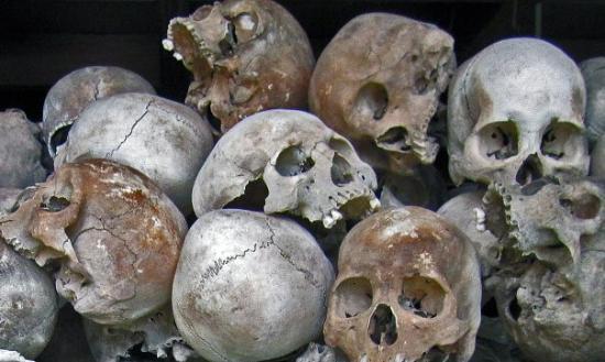 ทุ่งสังหารเชิงเอก: Killing Fields, Phnom Penh
