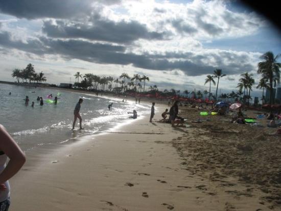 Waikiki Beach: the beach