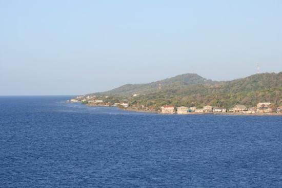 Roatan (เกาะโรอาทาน), ฮอนดูรัส: Arriving in Roatan Honduras