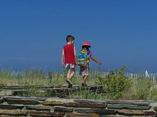 แปร์ปิยอง, ฝรั่งเศส: Copains pour la vie...