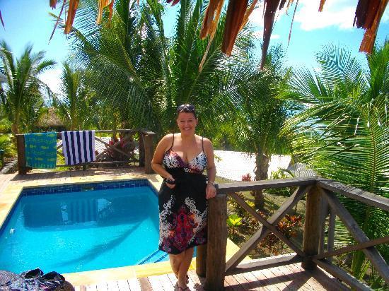 Wananavu Beach Resort: Honey moon bure pool