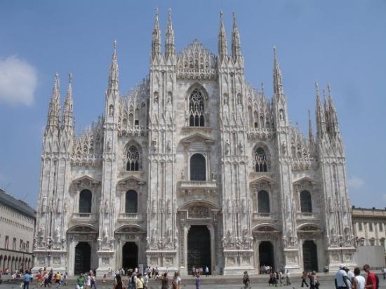 มิลาน, อิตาลี: Doumo Cathedral