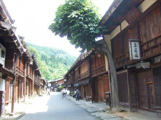 Kiso-machi, ญี่ปุ่น: Tsumago (another village along Nakasendo)
