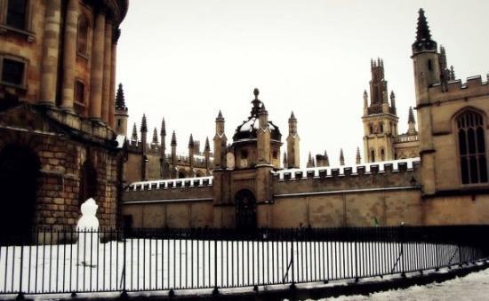 อ๊อกซฟอร์ด, UK: Radcliffe Camera & All Souls College