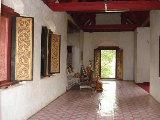 Mount Phousi: Wat Phou Si