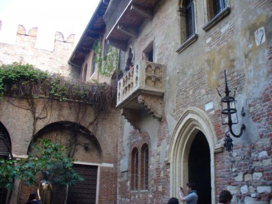 Casa di Giulietta: La casa di romeo e Giulietta :O