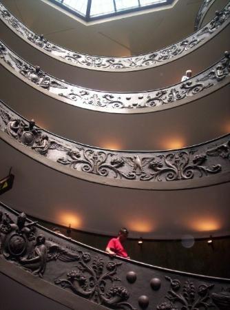 นครวาติกัน, อิตาลี: Vatican (juin 2005) : Escaliers du Vatican