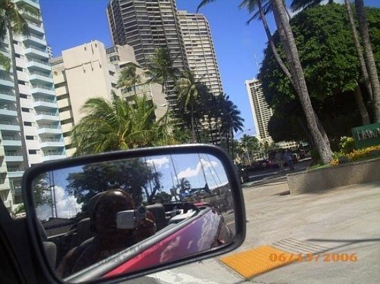โออาฮู, ฮาวาย: Driving in Waikiki