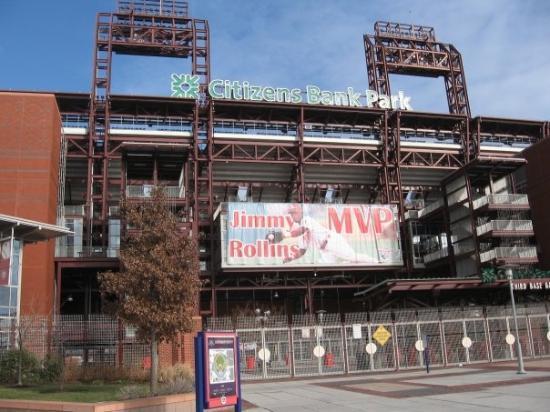 ฟิลาเดลเฟีย, เพนซิลเวเนีย: Went to see Citizens Bank Park - home of the world champion Philadelphia Phillies. Unfortunately