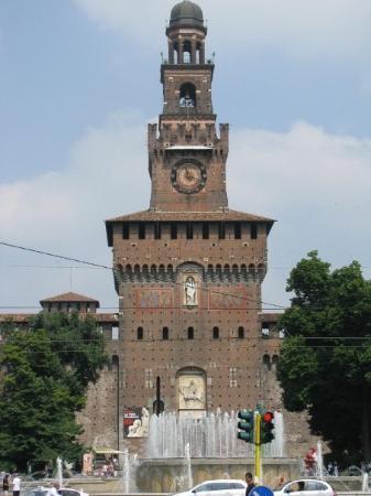 มิลาน, อิตาลี: Milan - Castello Sforzesco