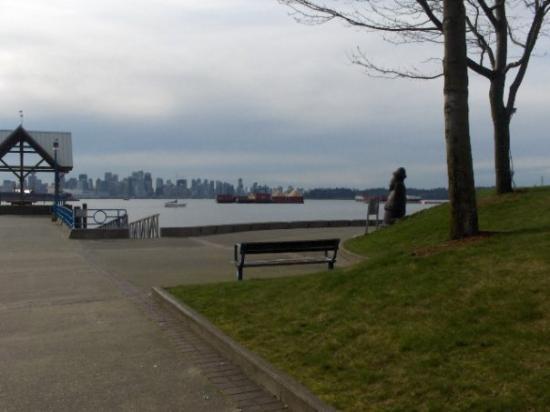 นอร์ทแวนคูเวอร์, แคนาดา: partial view of downtown Vancouver