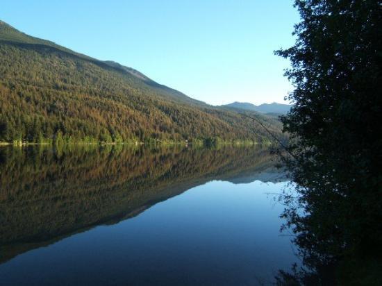 Gold Bridge, แคนาดา: Gun lake