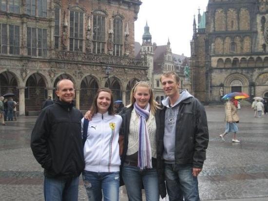 เบรเมิน, เยอรมนี: Rick, me Alex & Guido in Bremen Market Square