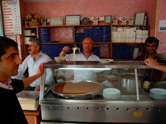 Antakya, ตุรกี: KÜNEFEeeeeee