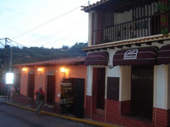 การากัส, เวเนซุเอลา: El Hatillo, Junio 2007