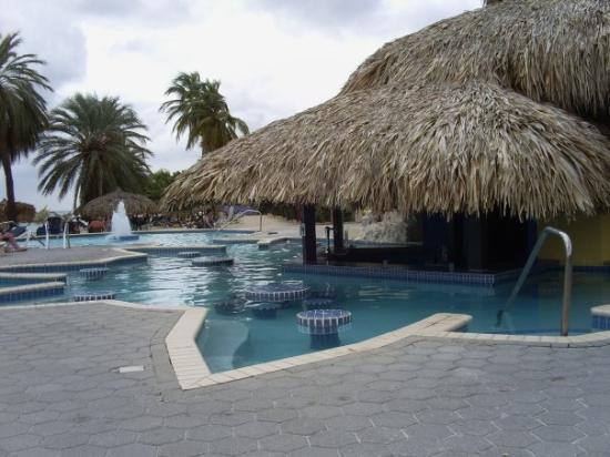 คูราเซา: Pool bar