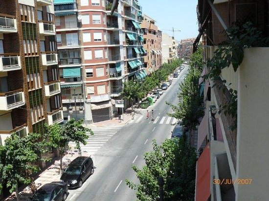 Campello, Spain: une avenue principale