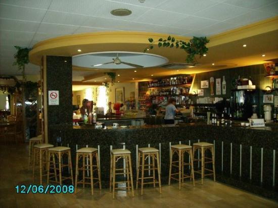 Hotel President: baren på hotellet